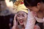 PORT2004-Preparing for a ceremony (Bali) - versie 2