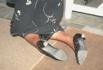 INNE2001-Knielende vrouw